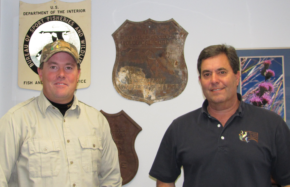 US Fish and Wildlife Service's Loren Ruport and Ron Cole