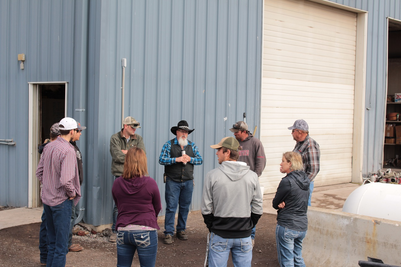 KCC Ag Marketing Class Visits Gold Dust & Walker Farms!